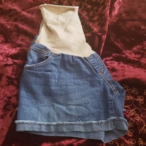 3/$20Motherhood Maternity Jean Shorts! Size large